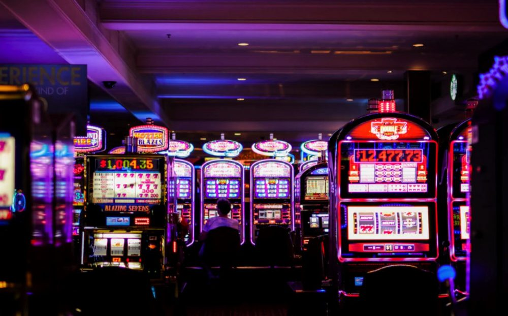 How to earn money securely with online Casino Malaysia?