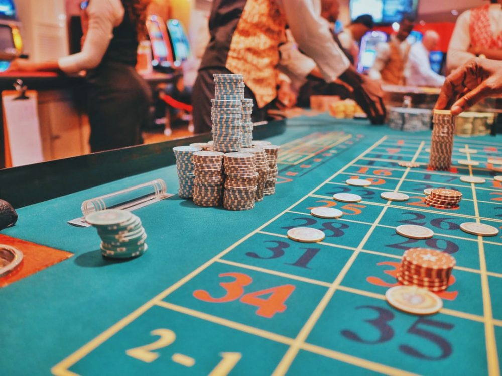 How To Play Baccarat Casino Game?